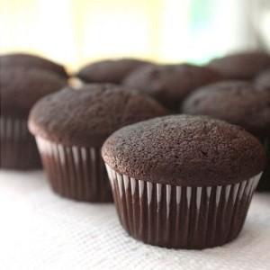Cupcake proteico de chocolate